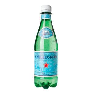 bouteille d'eau gazieuse